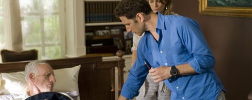 Royal Pains – No Man is an Island (1.06)