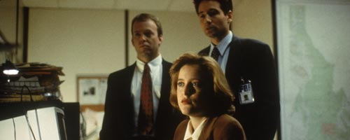 thexfiles106 - The X-Files – Ghost in the Machine / Un fantome dans l'ordinateur (1.06)