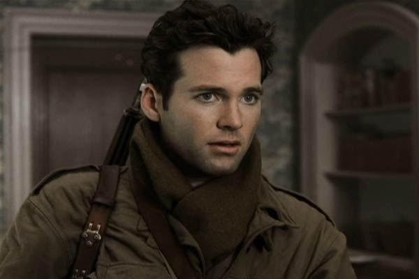 Eion Bailey dans Band of Brothers