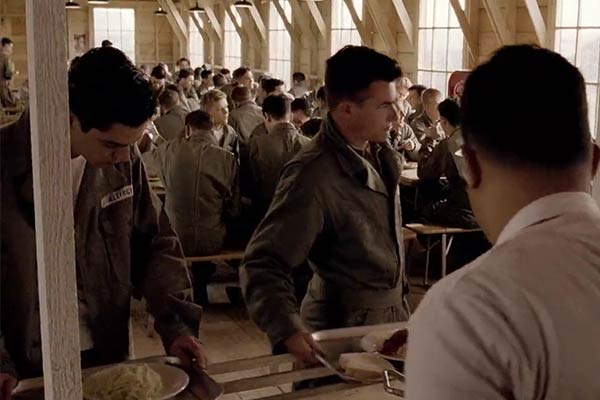 Dominic Cooper dans Band of Brothers