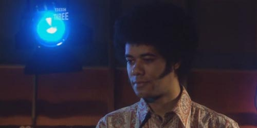 snuff box - Spotted : Richard Ayoade