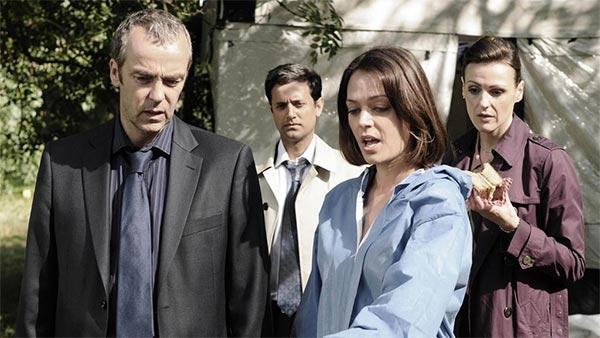 Touch of Cloth (Close Case : Affaires closes) saison 1