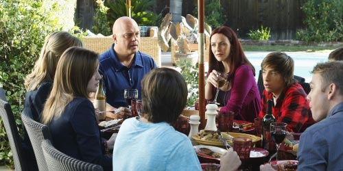 Annie Wersching dans No Ordinary Family