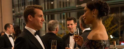 Suits - War (2.16 - fin de saison)