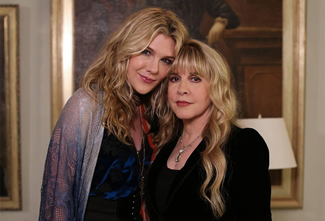 AHS Coven 1x10 - American Horror Story: Coven - The Magical Delights Of Stevie Nicks (1.10)