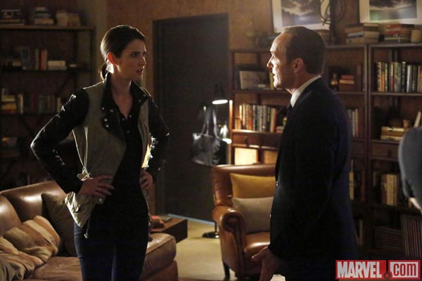 Cobie Smulders reprend son rôle de Maria Hill dans Agents of SHIELD