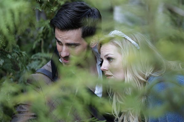 Hook et Emma dans Once Upon a Time saison 3 episode 22