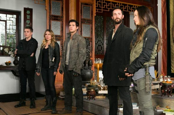 Falling Skies : Le cocon (Door Number Three - 4.06)
