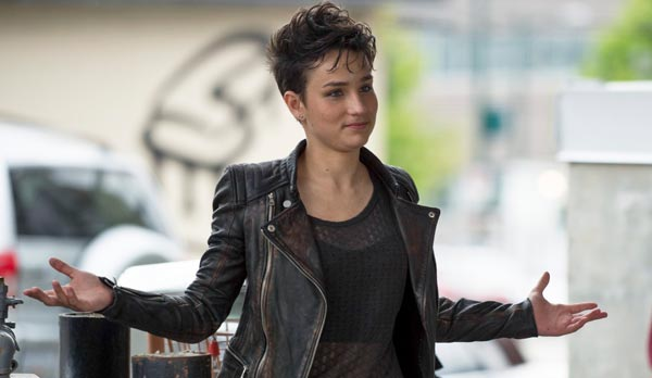 Bex Taylor Klaus - Scream recrute des acteurs de Witches of East End et Arrow