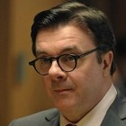 Clarke Hayden Nathan Lane 600x300 140x140 - 8 personnages de The Good Wife qui méritent un spin-off