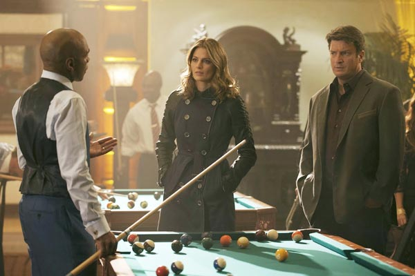 Castle Saison 7 Episode 3 - Castle : Homme invisible, billard et jeu vidéo (Clear and Present Danger - 7.03)