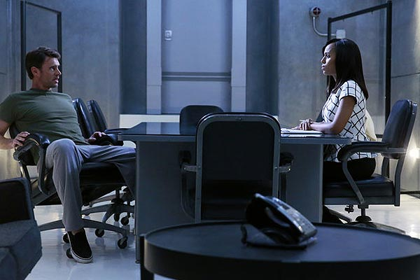 Scandal saison 4 episode 8 - Scandal : Olivia et ses hommes (The Last Supper - 4.08)