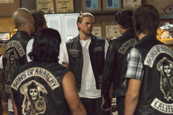 Sons of Anarchy : Moment de Vérité (Suits of Woe - 7.11)