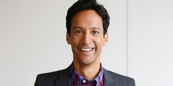 Danny Pudi - Après Community, Danny Pudi prend la tête du pilote de Strange Calls sur NBC