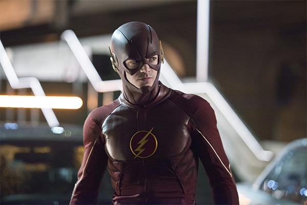 the flash saison 1 barry allen grant gustin - The Flash Saison 1 : Une bonne prise de vitesse