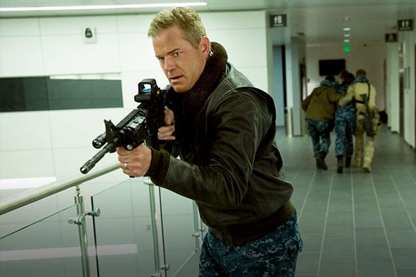 the last ship saison 2 eric dane tnt - The Last Ship Saison 2 : Le retour musclé de l'United States Navy