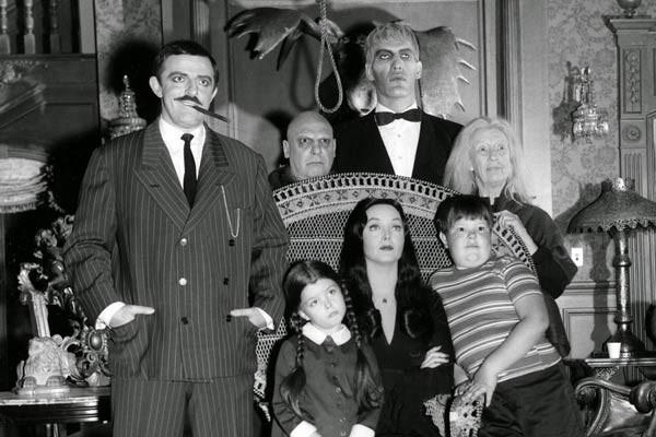 the addams family serie 600x400 - De la famille Addams à Penny Dreadful, une courte histoire de Frankenstein dans les séries TV
