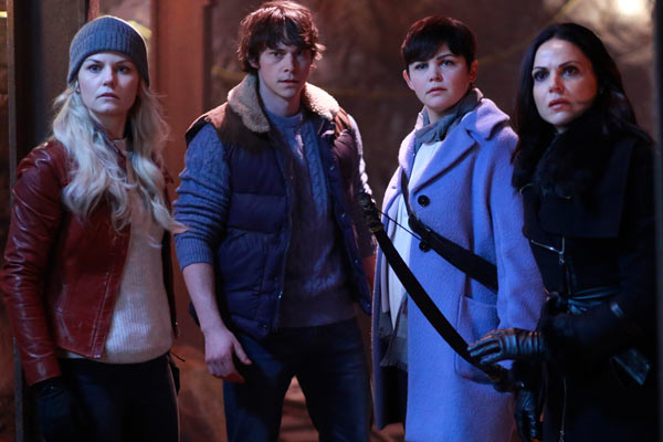 Once Upon a Time Saison 5 Episode 13 - Once Upon a Time : Blanche Neige et le Demi-Dieu (5.13)