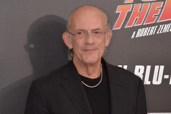 Christopher Lloyd - 12 Monkeys recrute Doc Brown en personne pour son retour vers le futur