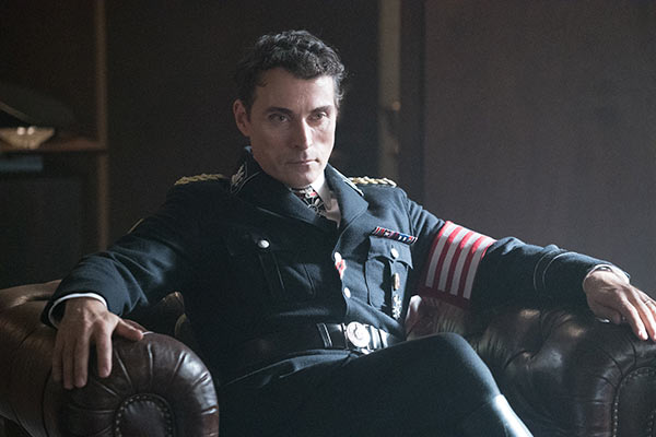 The Man in the High Castle S2 6 - The Man in The High Castle Saison 2 : Le combat reprend dès à présent sur Amazon