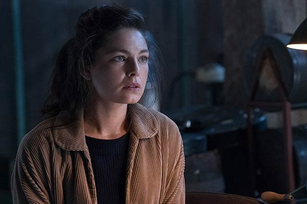 Julia dans The Man in The High Castle saison 2