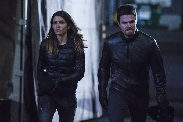 Arrow Saison 5 Episode 12 - Arrow : Retour dans la Bratva (5.12)