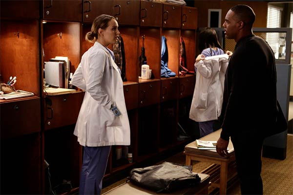 greys anatomy saison 13 episode 11 - Grey's Anatomy : Mutinerie (13.11)
