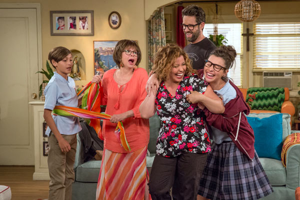 One Day at a Time - Une saison 2 pour One Day at a Time, le remake d'Au fil des jours a trouvé son public