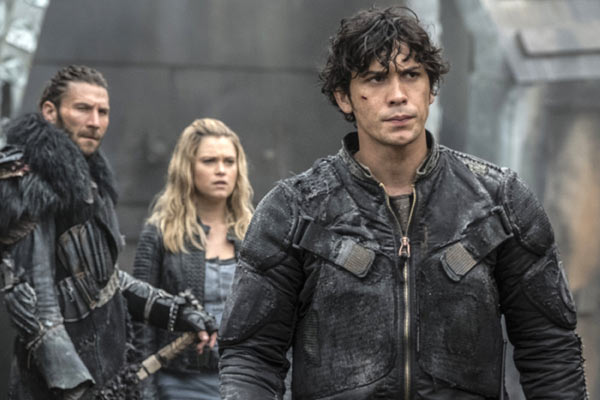 The 100 Saison 4 Episode 6 Bellamy - The 100 : Un transport mouvementé (4.06)