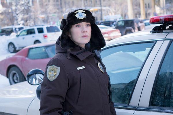 """Fargo Saison 3 Carrie Coon - Fargo Saison 3 : Une histoire """"vraie"""" qui détonne, même dans la répétition"""